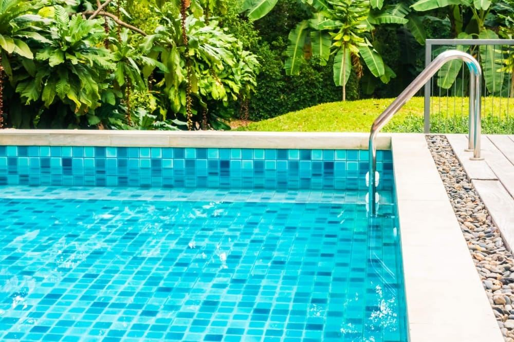Can I Use Water Softener Salt In My Pool? - Koyuncu Salt