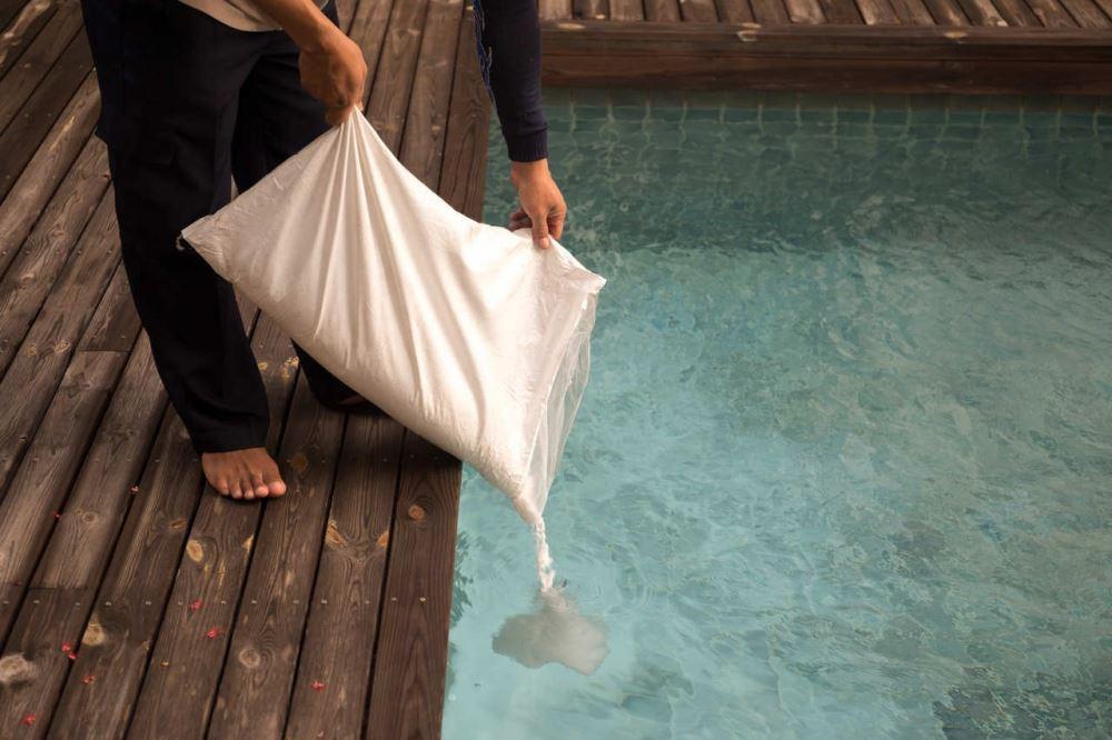 How Does Pool Salt Work? How Much Salt To Add To Pool? - Koyuncu Salt